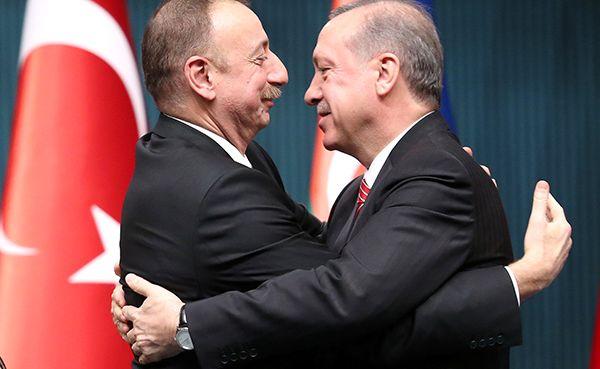 Турция иАзербайджан нараспутье: тюркский конь или исламизм