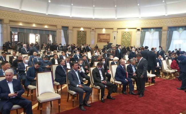 Режим ЧП в Бишкеке отменен