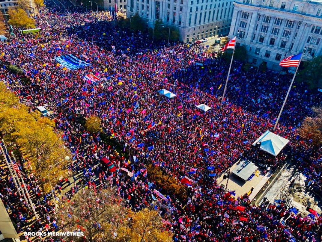 Тысячи людей на улицах: США встали за Трампа?