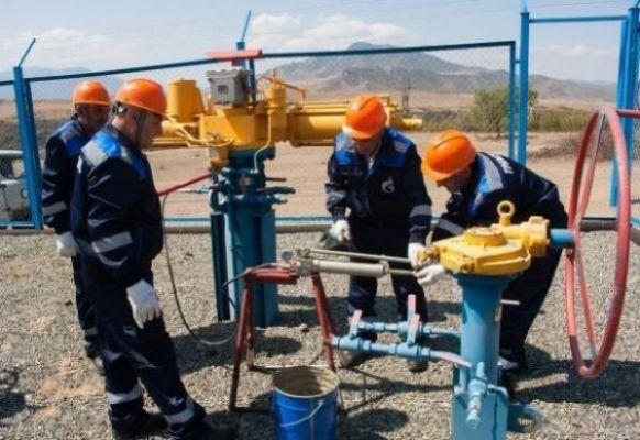 Кочарян назвал продажу России газовых активов Армении бизнес-решением