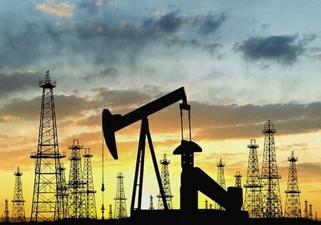 Россия обновила рекорд среднесуточной добычи нефти