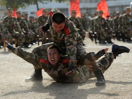 9e7977df7348a62938dea1a12c031 СиЦзиньпин: Армия Китая должна готовиться креальным боевым действиям