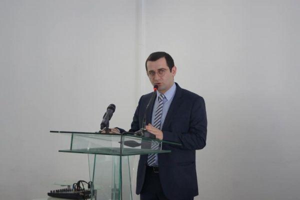 Встреча сгрузинскими политиками стоила советнику президента Абхазии поста