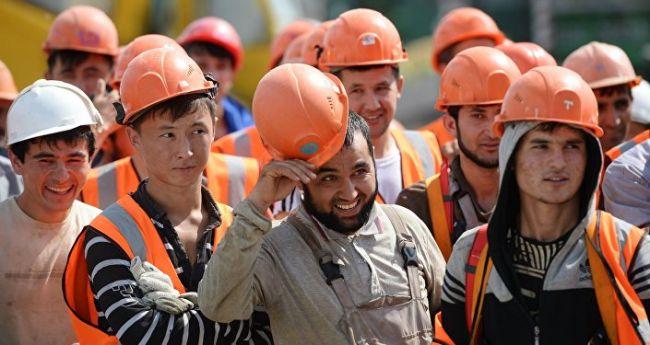 Россия сняла запрет на въезд для 106 тыс. граждан Таджикистана