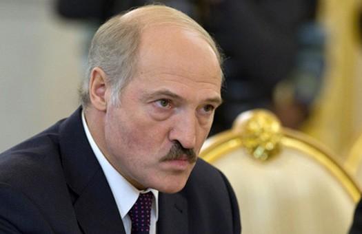 «Настроиться навоенный лад»: счем Лукашенко вернулся изМосквы?: EADaily