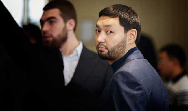 Байден получал деньги от казахского олигарха — версия